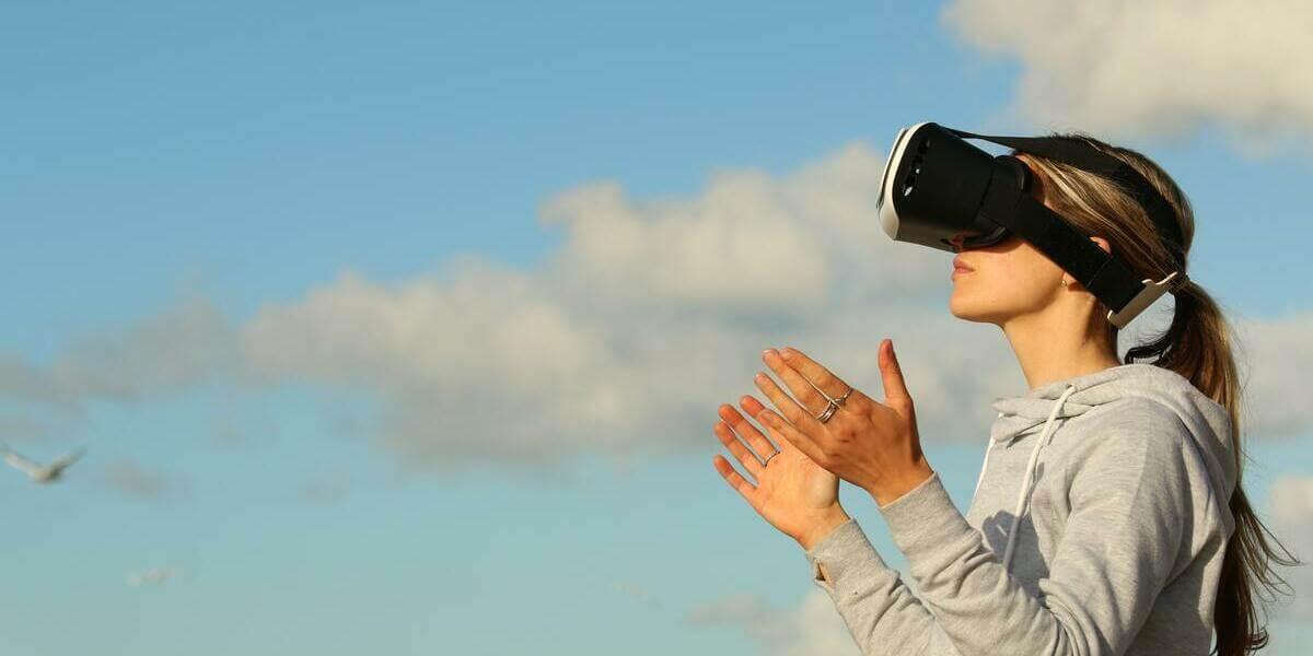 トイドローンTelloでFPV飛行を楽しむ方法を解説!鳥の目線を楽しもう!
