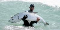 DJI『Phantom4 Pro V2.0』の力を借りて巨大魚を釣り上げる!?