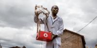 ルワンダにて、Ziplineのドローンが生後9日の赤ちゃんを救う