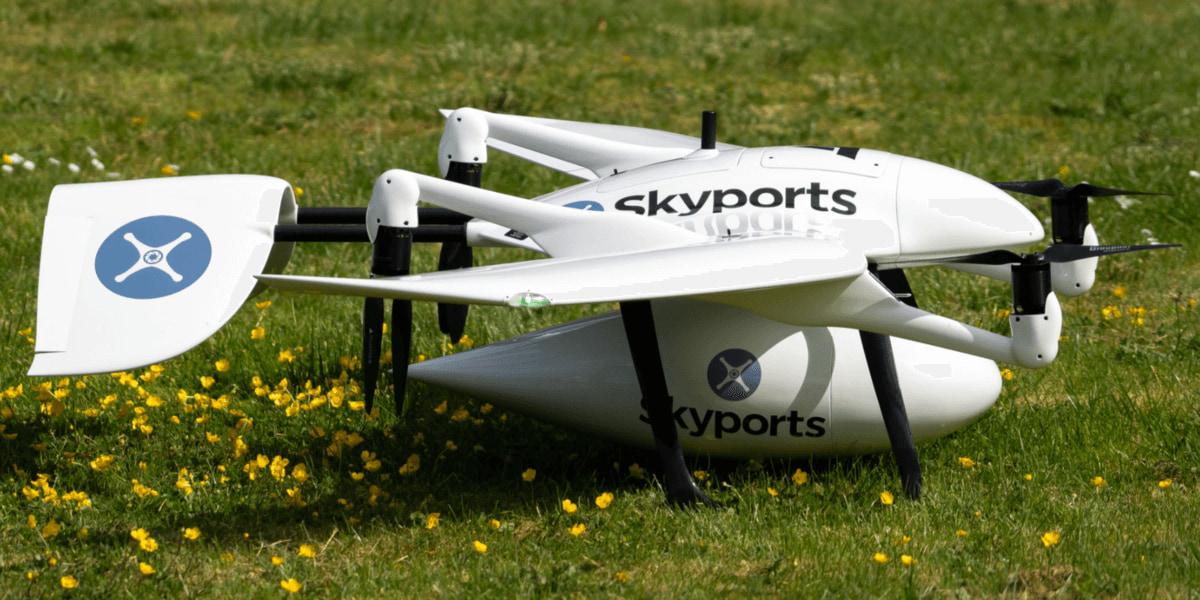 48時間の距離を30分で配達 病院関係者を助けるドローン配達 – Skyports