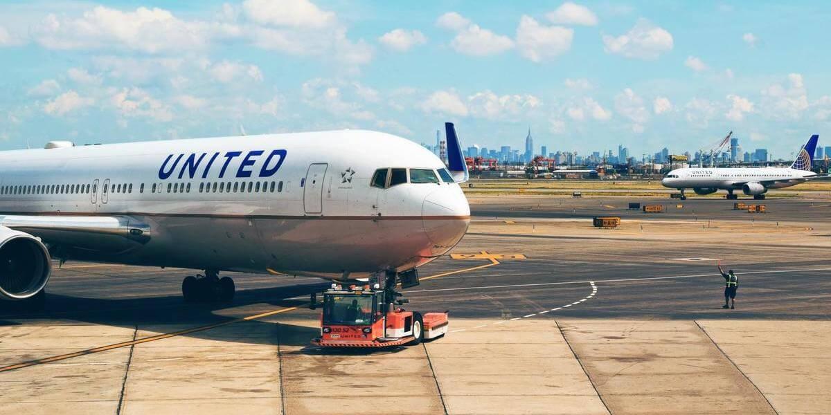 国交省が空港周辺の小型ドローンの飛行を禁止 22日から法律適用
