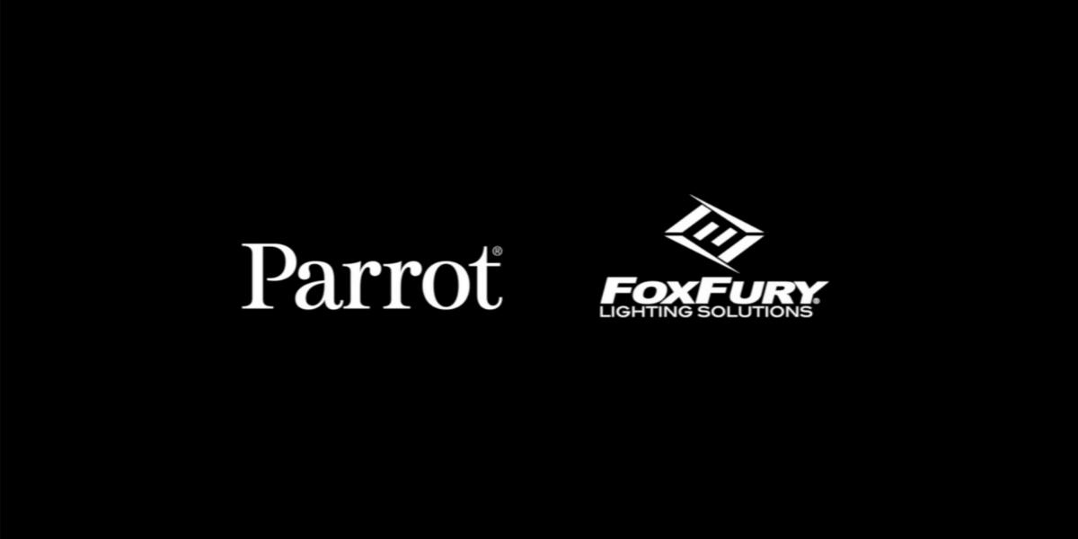 Parrot、FoxFuryと連携してANAFIドローン専用のライトを開発 販売開始