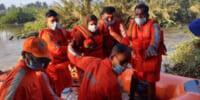 インドにて、川に取り残された女性を救出するためドローンが活躍