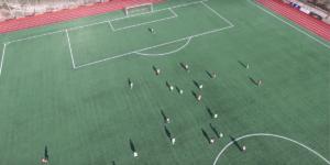 チリ代表のW杯予選の練習風景をスパイドローンが盗撮!?