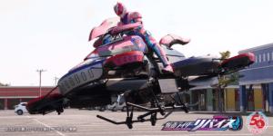 仮面ライダーが空を飛ぶ!「仮面ライダーリバイス」でホバーバイク「XTURISMO」採用